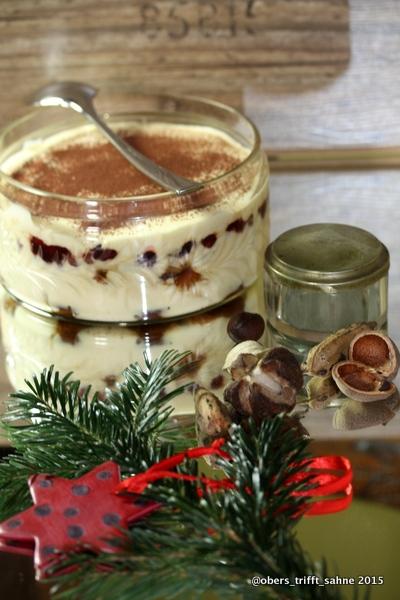 Weihnachtliches Tiramisu mit Lebkuchen und Preiselbeeren