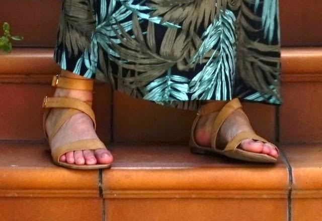 Sandalias romanas cuero clarito