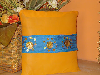 Handbags   Clutch Bags   Bags in Pakistan   Handbags in Pakistan   Designers HandBags   Versace Handbags designs   D&G Handbag and purse designs