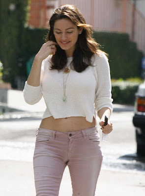 Kelly Brook Leggy Candids