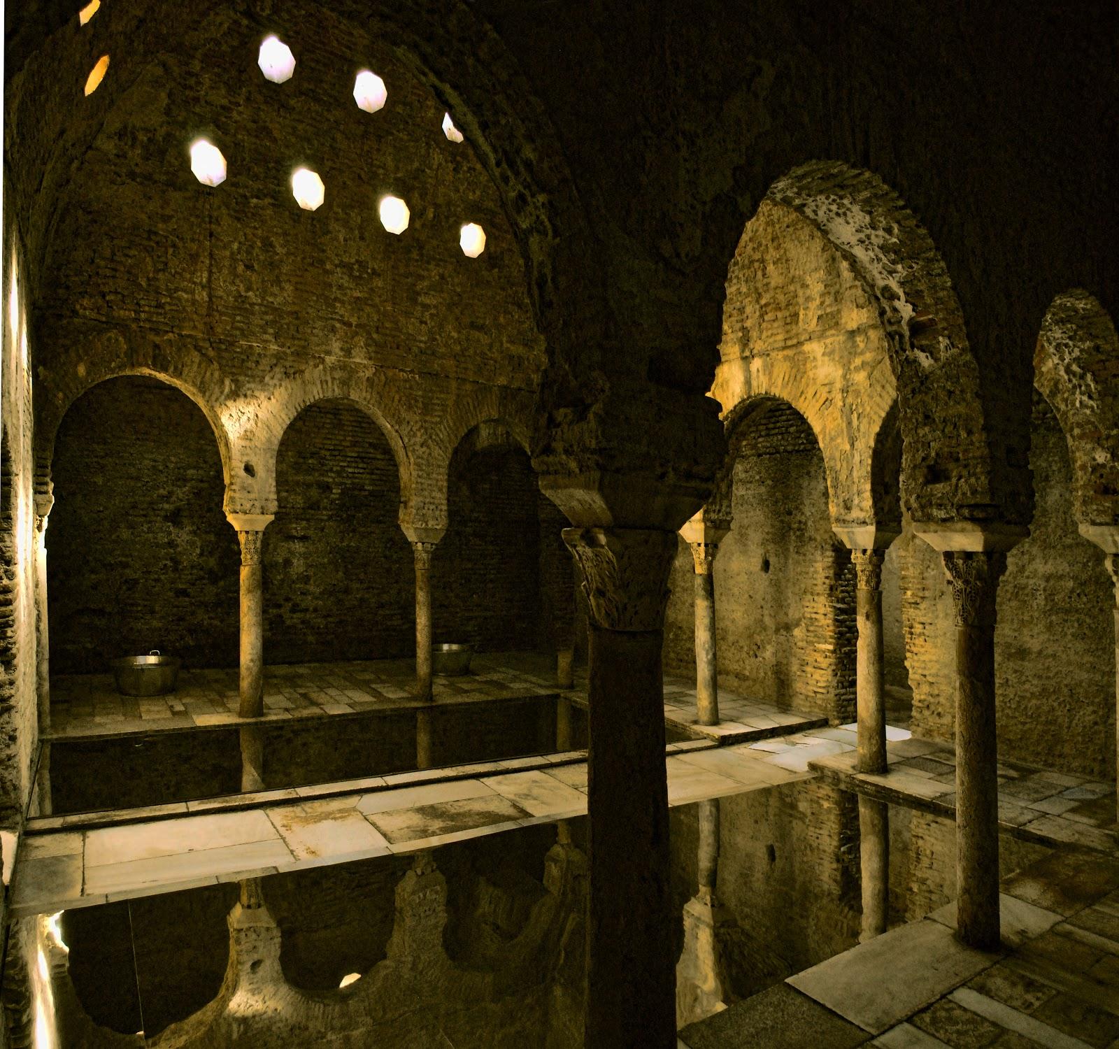 Baños Arabe Granada Hammam:GRANADA: HAMMAM EL BAÑUELO