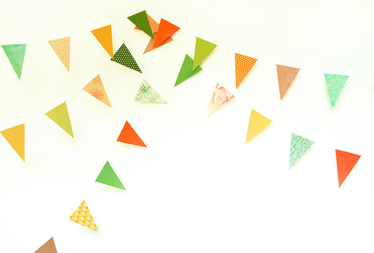 https://www.etsy.com/listing/186900734/flag-garland-with-triangles-in-orange?ref=shop_home_active_2