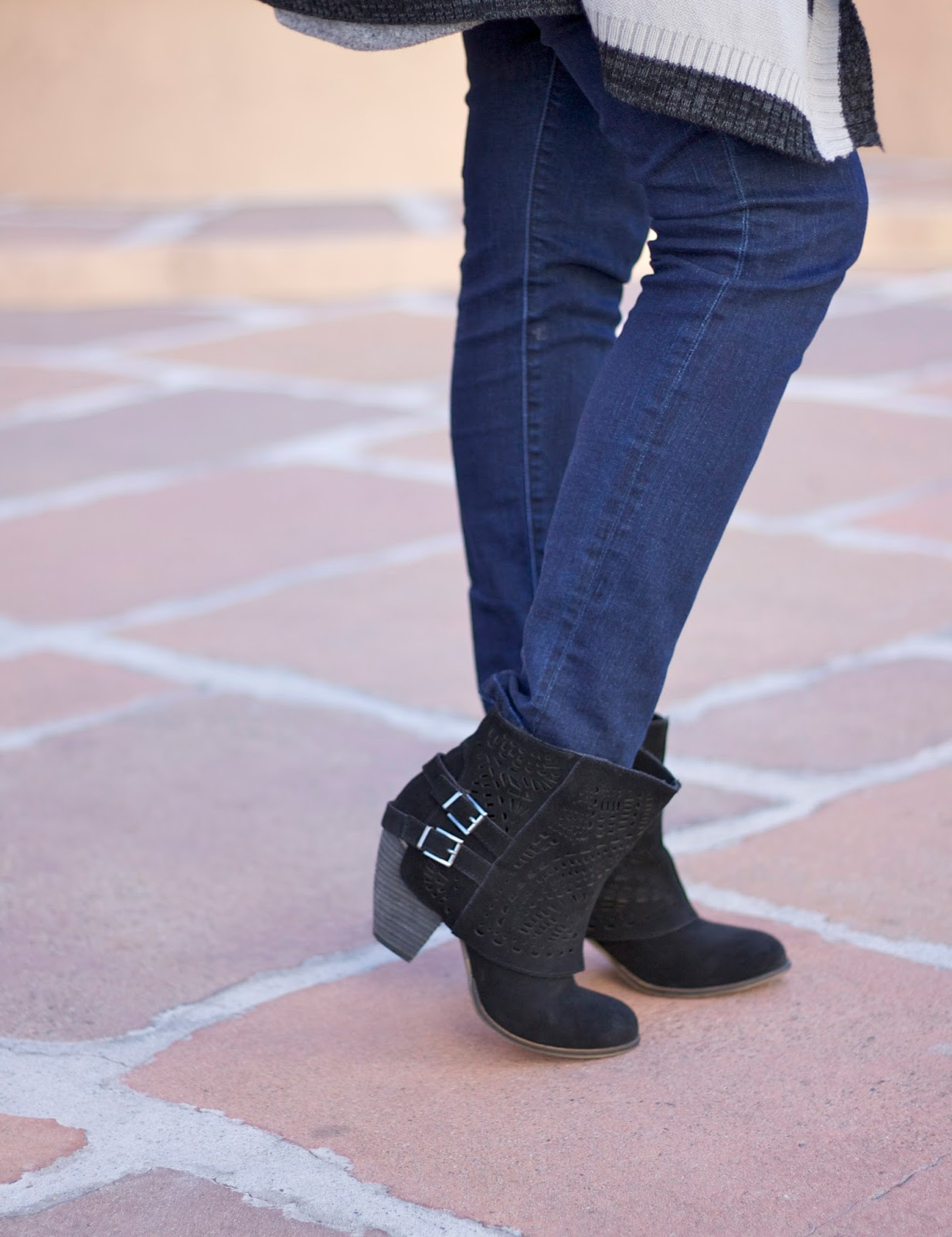 Naughty Monkey Lyric Boots, Naughty Monkey booties, black booties for Fall 2015, Fall booties, Cabi skinny jeans, cabi blogger