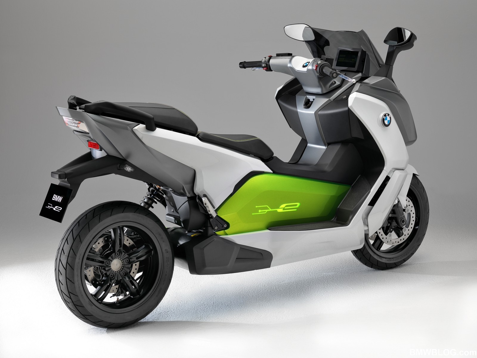 c evolution el primer scooter el ctrico de bmw. Black Bedroom Furniture Sets. Home Design Ideas
