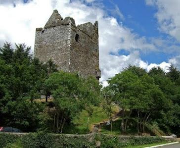Ballinacarriga Castle