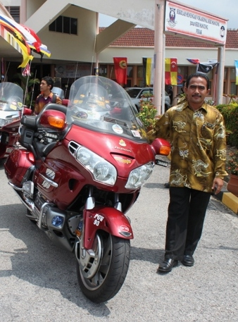 This Man Is Not A Manjung Biker He Just Got The Kick Out Of Posing