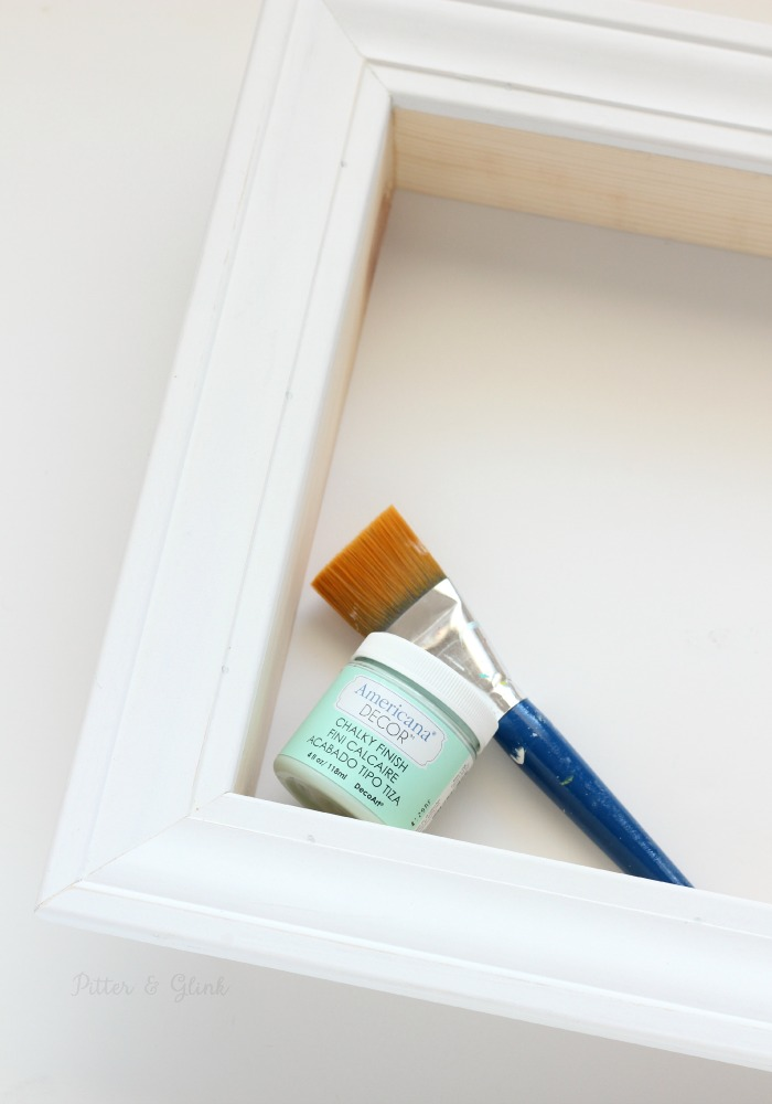 Paint a shadowbox mint for a pop of spring in your decor. pitterandglink.com