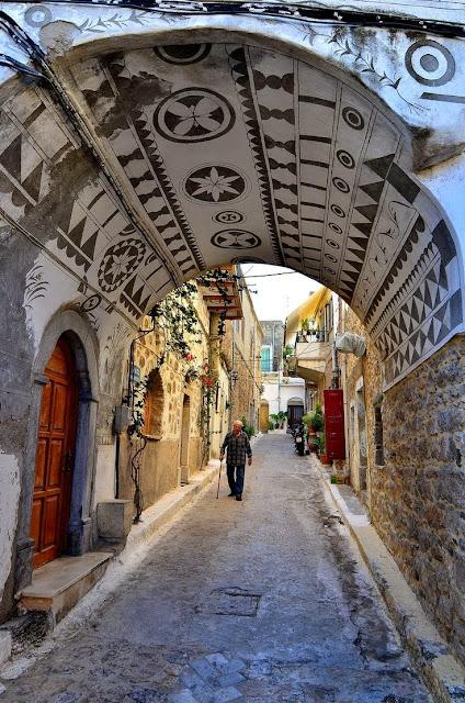 средневековая улочка, Пирги