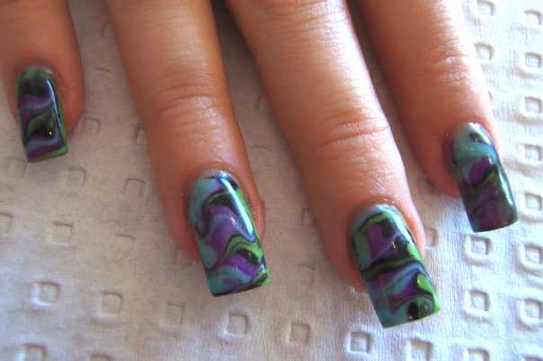 marble swirl nail art nailic