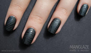 Unhas preto fosco lindas