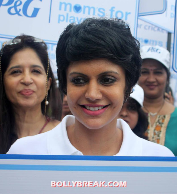 Mandira Bedi short hair -  Mandira Bedi at P&G Moms For Playground Event