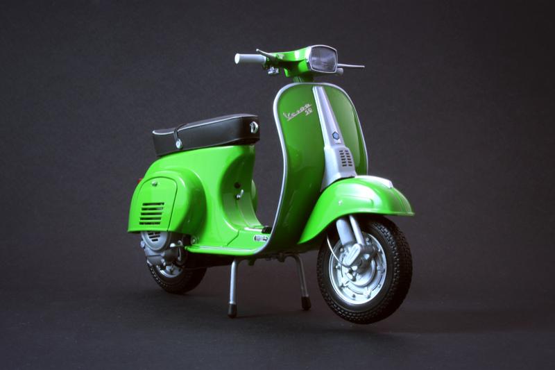 the scooterist vespa 50 special 1972. Black Bedroom Furniture Sets. Home Design Ideas