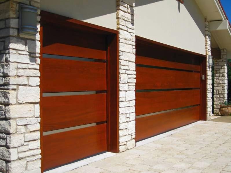 Desain pintu garasi