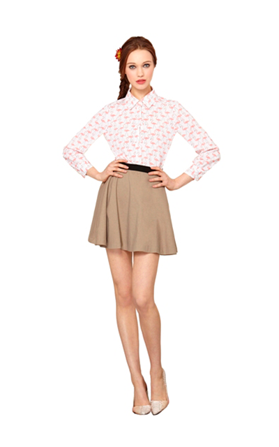 Alice + Olivia Flamingo pattern top and khaki mini Tootsies Spring Summer 2014
