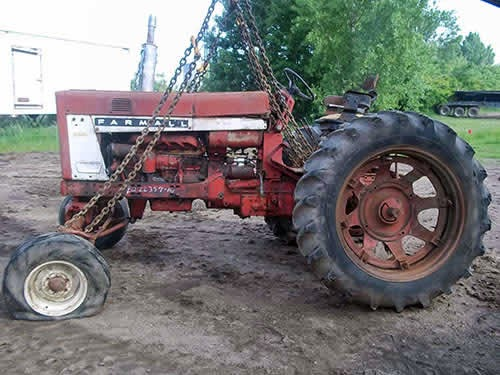 international tractor salvage 656