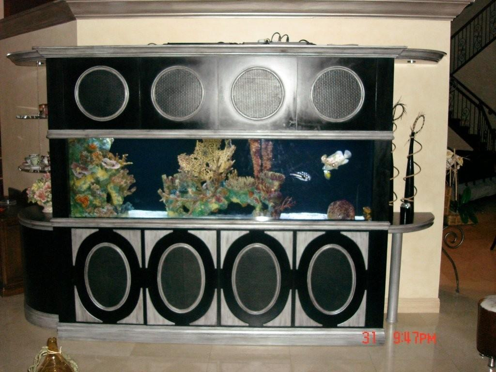 Used aquarium fish tank for sale - Exotic Custom Made 300 Gallon Eight Foot Long Fish Tank
