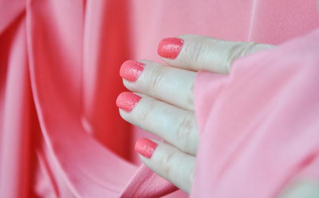 Itty, Bitty & Gritty из CHINA GLAZE New Texture Summer 2013