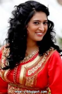 الممثلة المغربية دنيا بوتازوت
