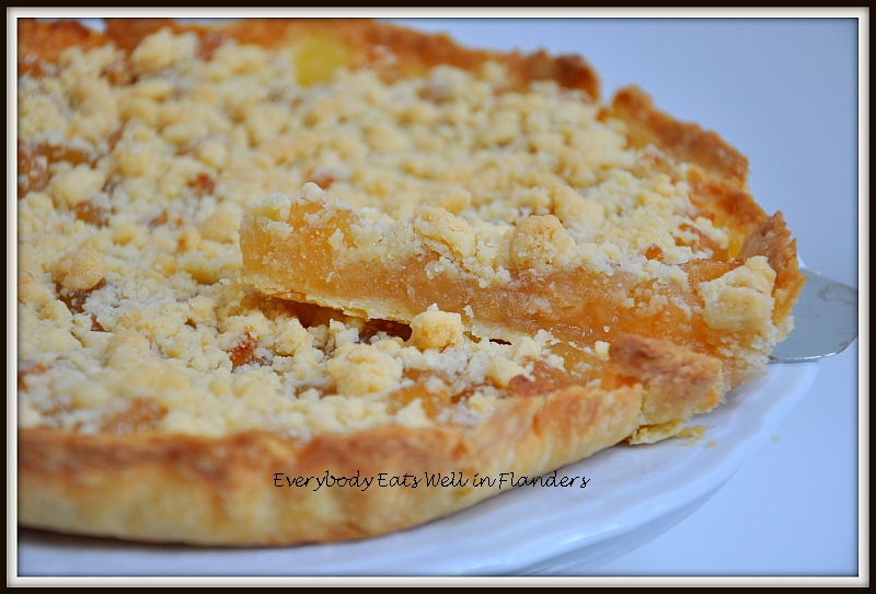 Everybody Eats Well in Flanders: The Ultimate Apple Crumble Pie/Tart