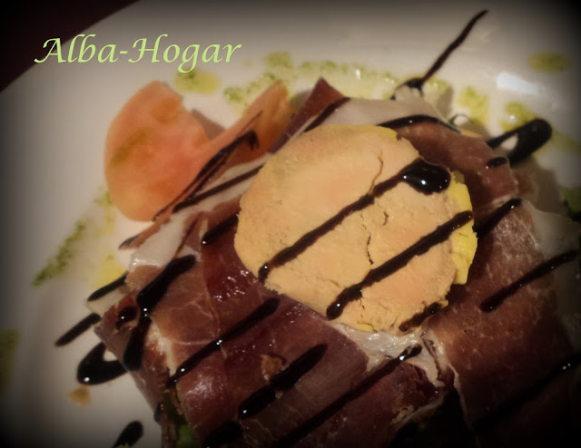 ensalada de jamón foie con reducción de vinagre de módena alba hogar