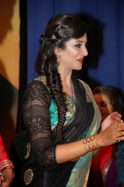 Vimala Raman Latest Stills At Young India Awards