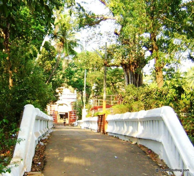 gateway_leading_to_mangushi