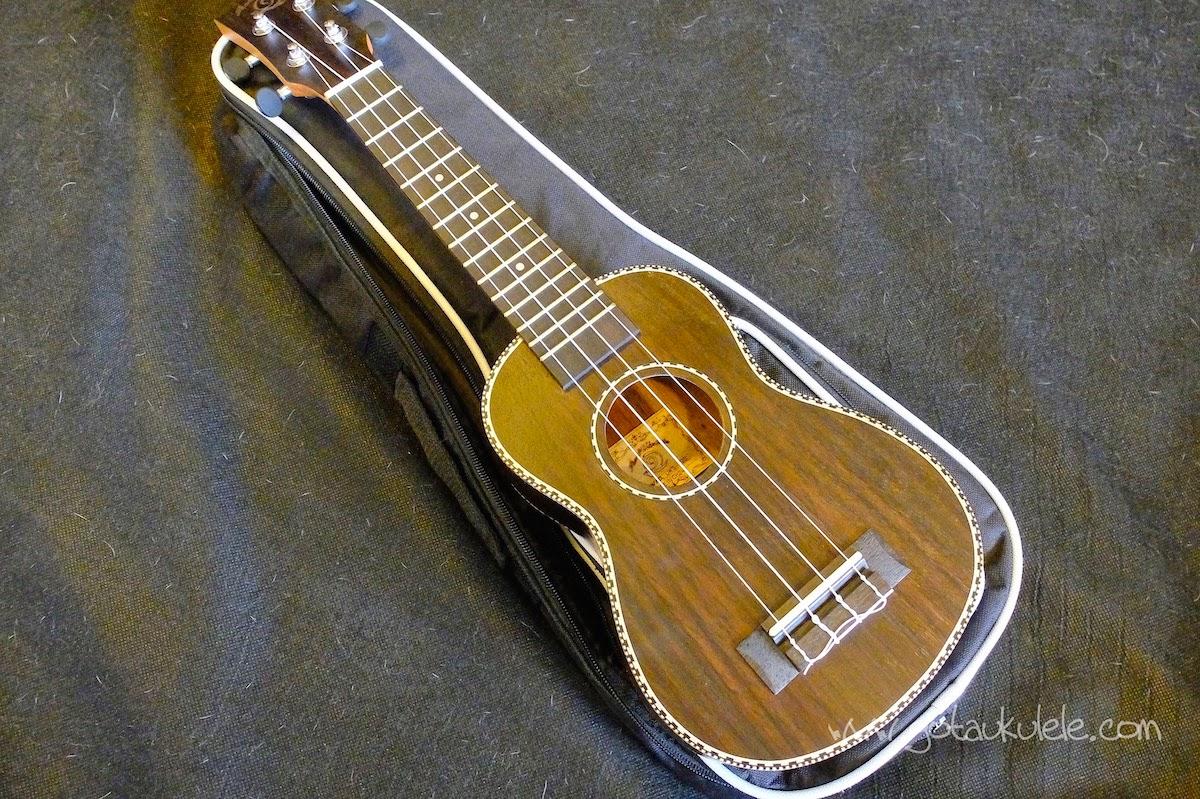 Snail UKS-220 Rosewood Soprano ukulele