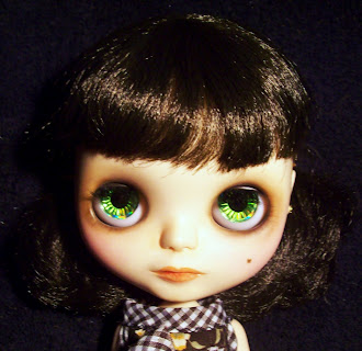 Blythe doll