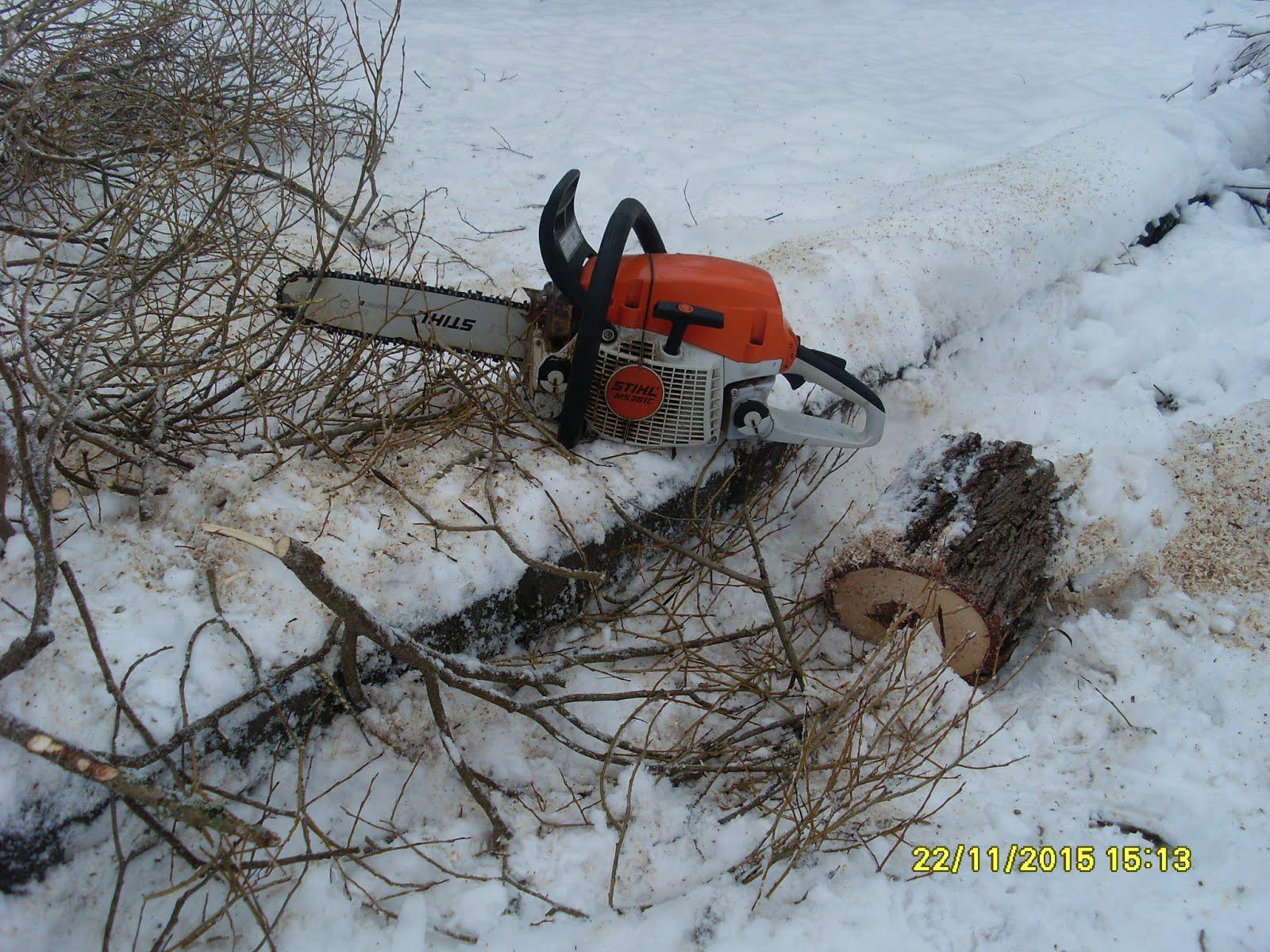 Puutarhapalveluja ympäri vuoden pihatöinä pihapuiden kaadot leikkaukset maanleikkaus maanmuokkaus