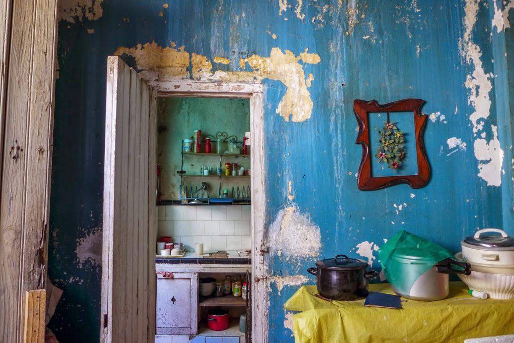 Santiago de Cuba interior house blue wall