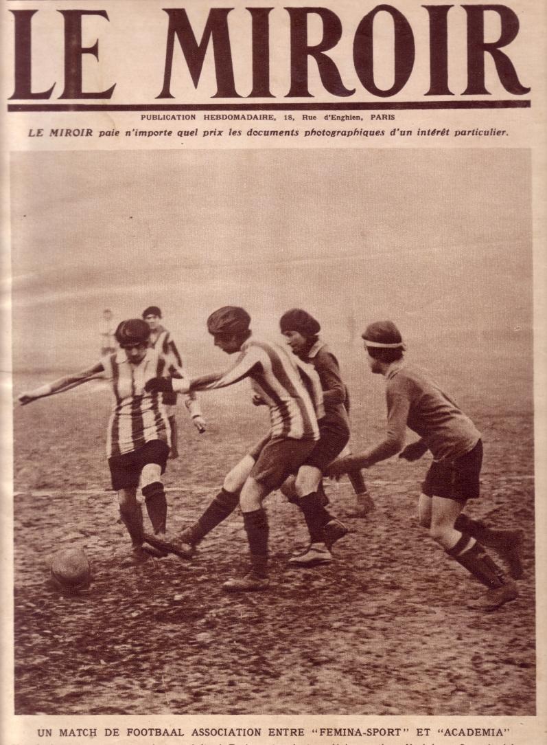 The beret project women 39 s football for Le miroir des sports