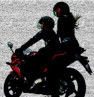 Wanita 'Ngangkang' saat membonceng motor | Majalah Al-Ittihad