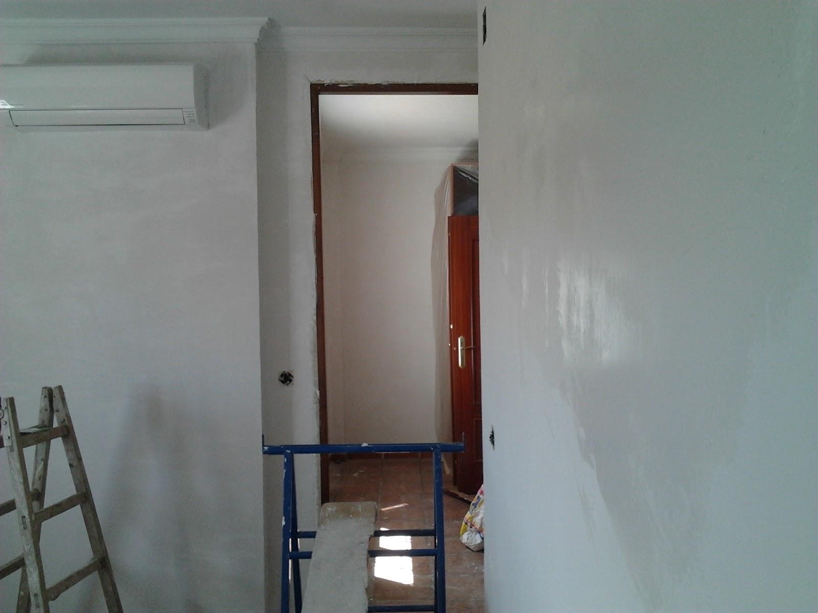Ernesto arag n pintura para el hogar adi s al gotel - Alisar paredes gotele pintura plastica ...