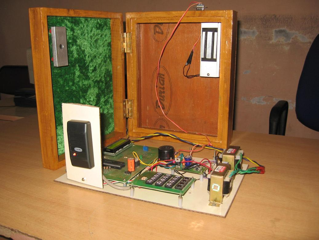 Embeddedieeeprojects2013 Rfid Card Readerrfid Based Access Control System Using 8051 Electronic Circuits Also We Need To Stand In A Queue For Billing Those Items Overcome This Can Design Trolley Make The Purchase More Easily And
