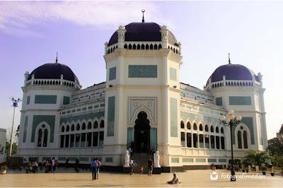 masjid raya almahsun fotografi medan