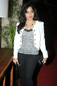 Madhavi Latha Latest Photos Gallery-thumbnail-2