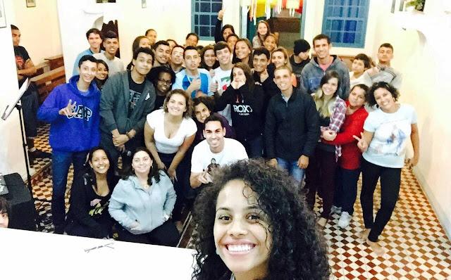 "JM da Diocese de Caraguatatuba realiza vigília para celebrar tema ""Escuta"""