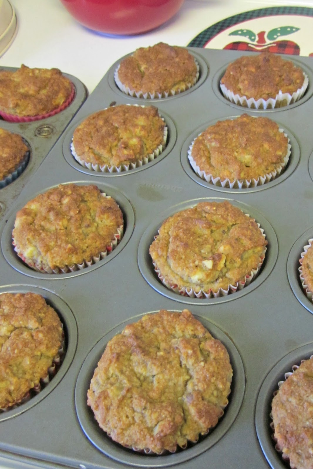 No Grain, No Pain: Banana Nut Muffins - Paleo Style!