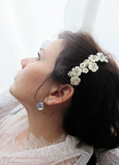 bridal hair comb mother of pearl and rhinestones