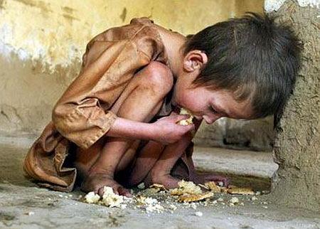 criança faminta