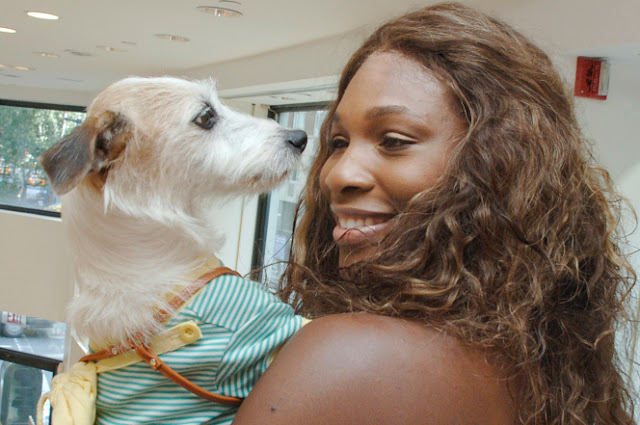 Serena Williams and her dog Jackie in 2005