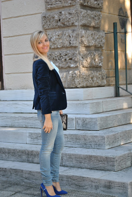 outfit giacca di velluto blu come abbinare la giacca di velluto abbinamenti giacca di velluto outfit novembre 2015 outfit invernali outfit autunnali mariafelicia magno fashion blogger colorblcck by felym fashion blog italiani fashion blogger italiane blog di moda blogger italiane di moda blue velvet jacket how to wear blue velvet jacket how to combine blue velvet jacket velvet blazer fall outfit fashion bloggers italy