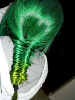 Dye Bright Green Hairs