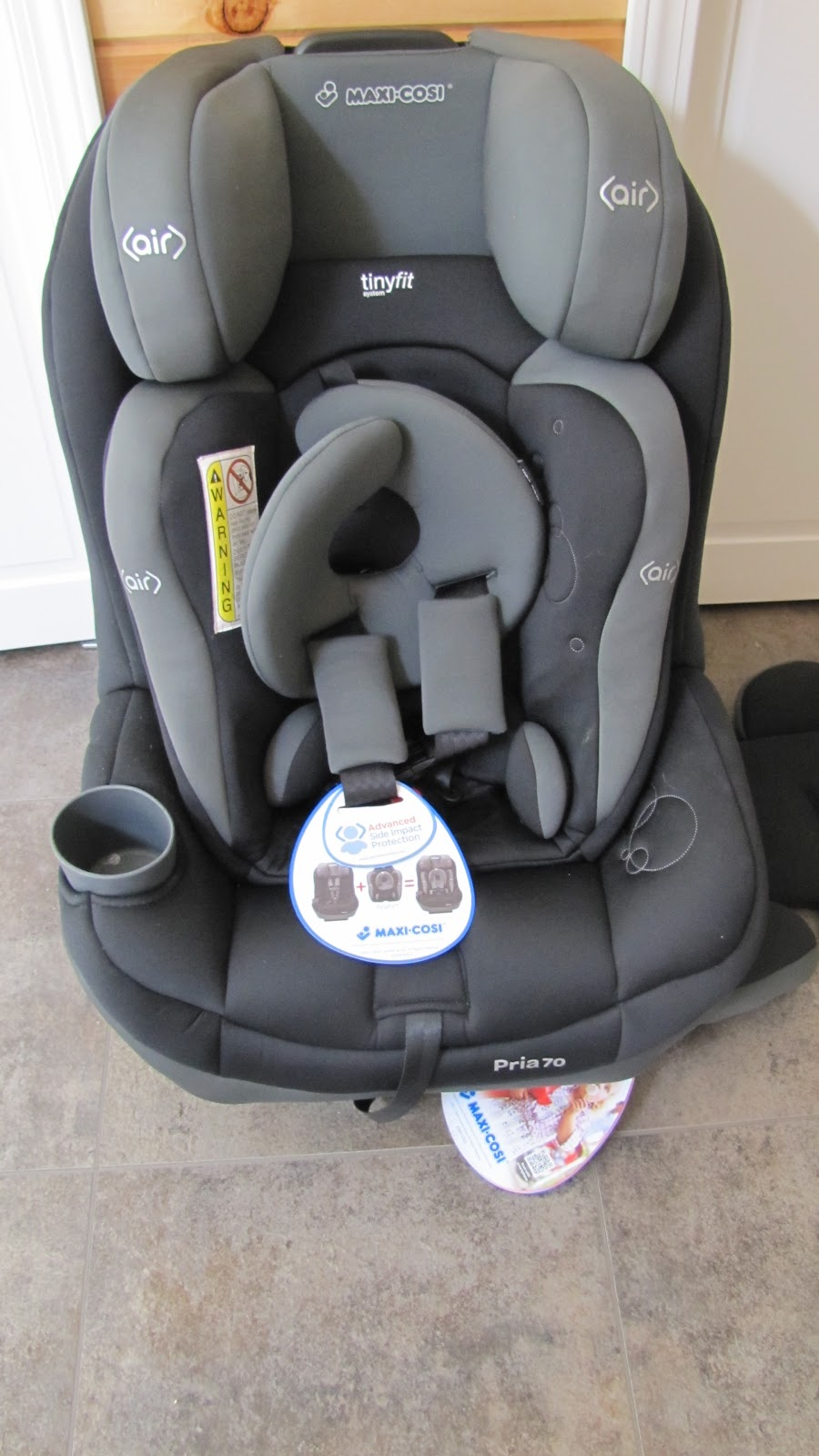 Maxi Cosi Pria 85 Review >> Maxi-Cosi Pria 70 Convertible Car Seat Featuring the TinyFit System Review & Giveaway
