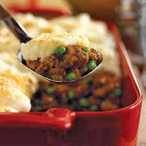 The Delicious Dietitian: Lightened Up Shepherd's Pie