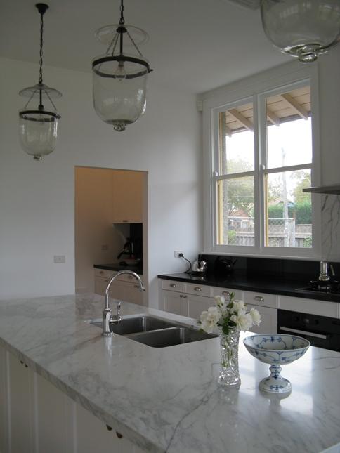 Adelaide villa kitchen design cupboard finishes for Kitchen ideas adelaide