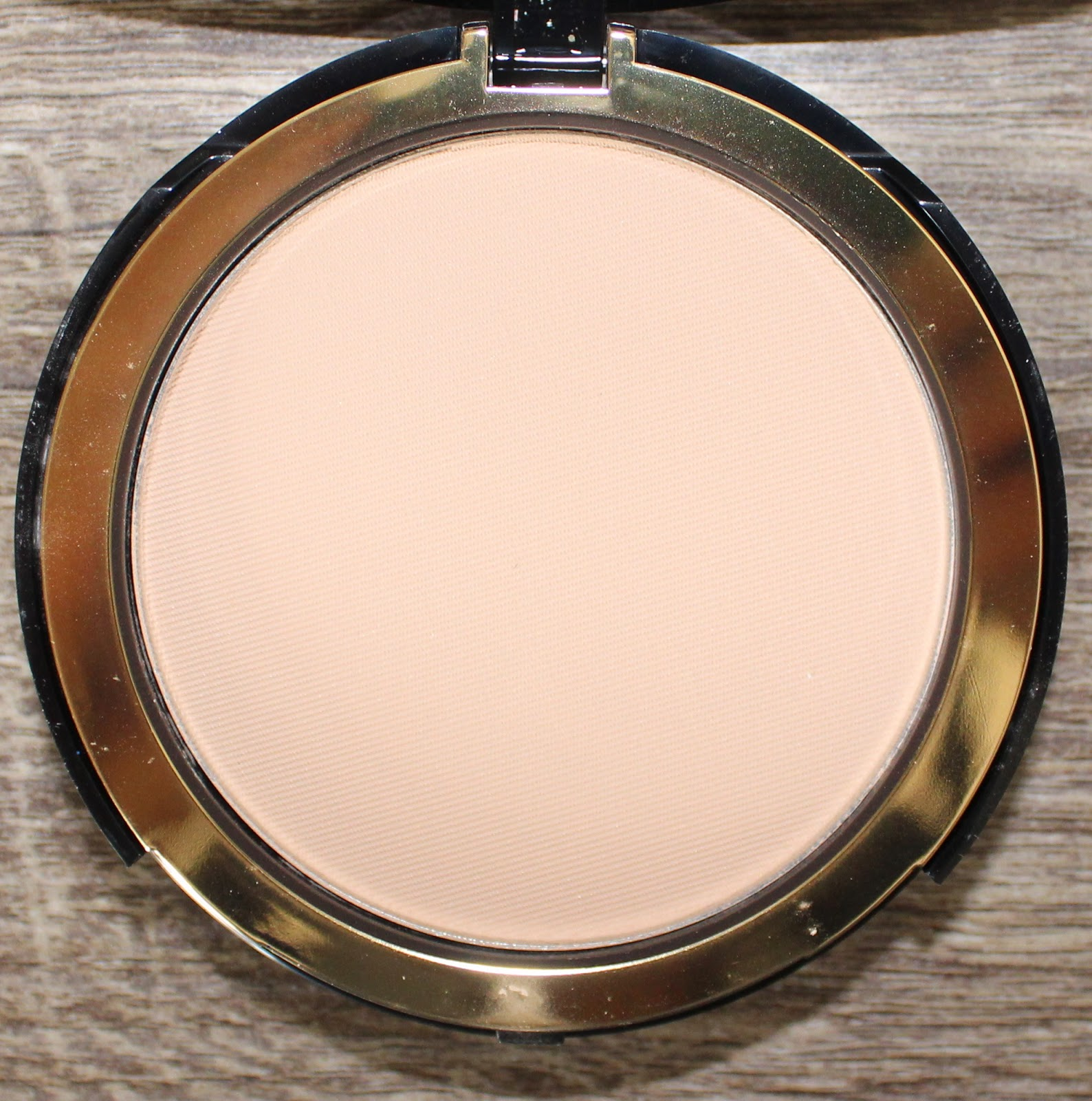 Too Faced Cocoa Powder Foundation in Light