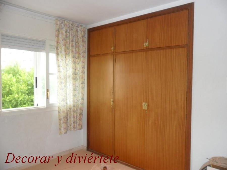 Pintar habitacion de matrimonio for Decorar puertas armario empotrado