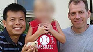 Αυστραλία: Οι ομοφυλόφιλοι «πατέρες», που τα media παρουσίαζαν ως «υποδειγματικούς», κακοποιούσαν σεξουαλικά το 6χρονο θετό παιδί τους και το πρόσφεραν σε δίκτυο παιδεραστών !!