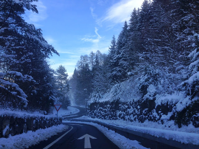 Driving from Zurich to Interlaken, Switzerland 2015 (kennethstephanie.com)